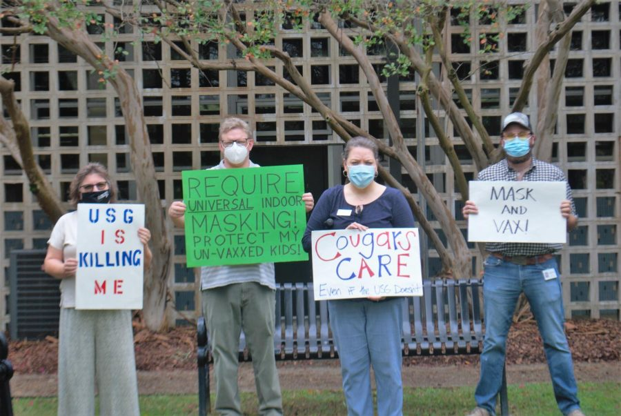 CSU faculty and staff members participating in an AAUP demonstration for safer COVID-19 guidelines at CSU.